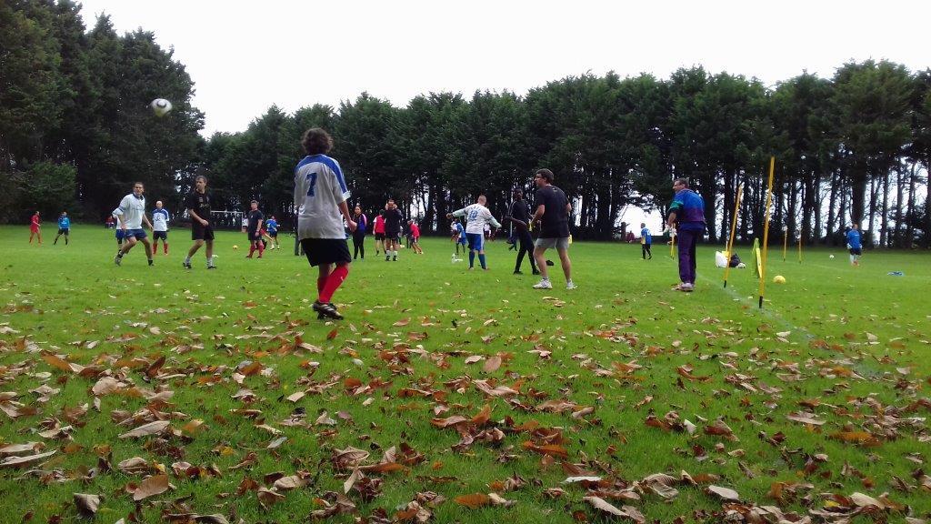 5 i me tournoi football orange ce jeudi 12 asptt lannion for Horaire piscine lannion